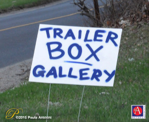 BA32_6915trailerboxroadsign