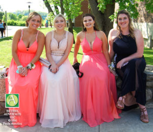 Photos Bethel High School Students On Their Way To The Senior Prom