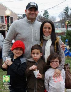 ba11_0735ajellofamily